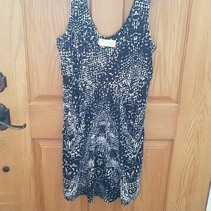 Tank top tunic with large front pockets very cute